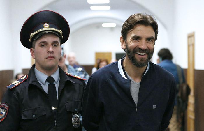Адвокат Абызова заявил, что у следствия нет претензий по поводу наркотиков в квартире