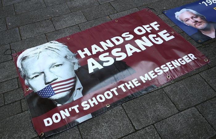 В США предъявили 17 дополнительных обвинений Ассанжу