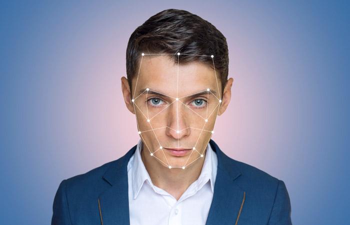 Сбербанк поддержал идеюЦБ обязать банки оказывать услуги при помощи биометрии