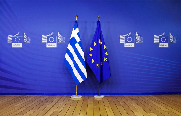 Юнкер признал, что Греция подделала данные о своих финансах для вступления в ЕС