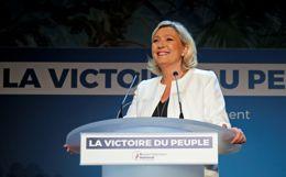 Экзит-пол показал лидерство партии Ле Пен на выборах в Европарламент во Франции
