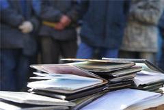 В Петербурге полиция начала масштабные рейды среди мигрантов