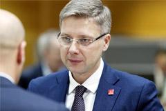 Прошедший в Европарламент Нил Ушаков ушел с поста мэра Риги
