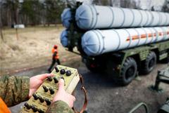 В Москве опровергли сообщения об отказе поставлять Ирану системы С-400