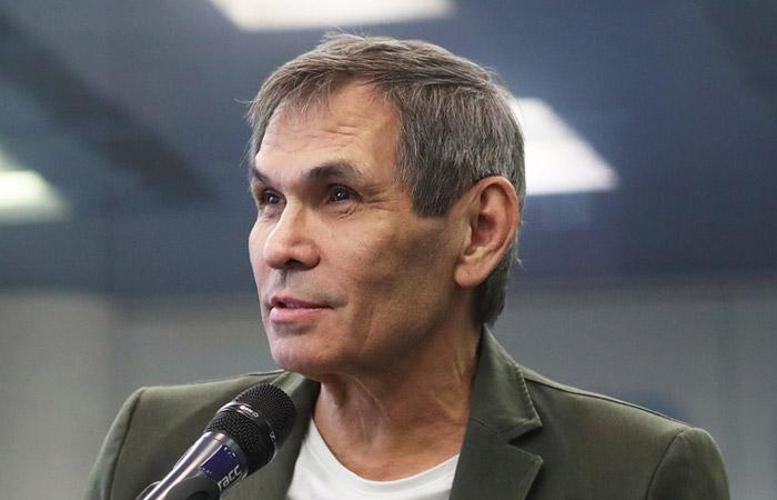 Бари Алибасов вышел из искусственной комы