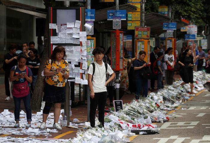 Миллионные протесты прошли в Гонконге