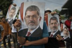 В Египте похоронили умершего накануне экс-президента Мурси