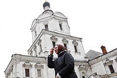 """Мединский призвал """"не махать шашкой"""" в споре о передаче Спасо-Андроникова монастыря РПЦ"""