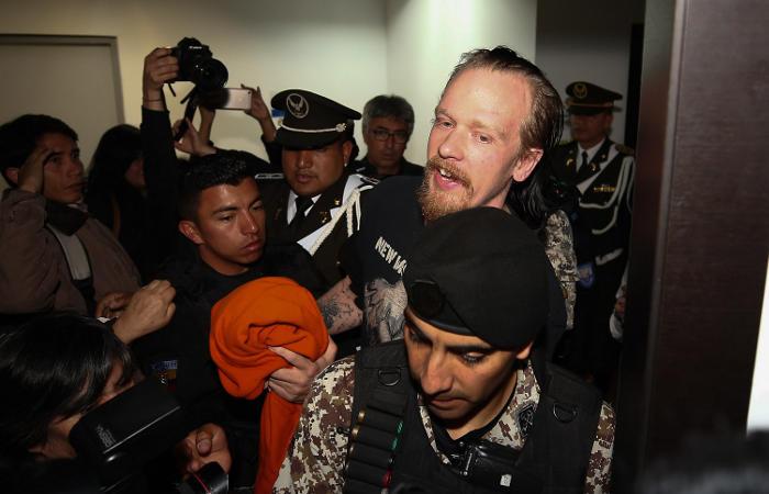 Друг Ассанжа освободился из-под стражи в Эквадоре