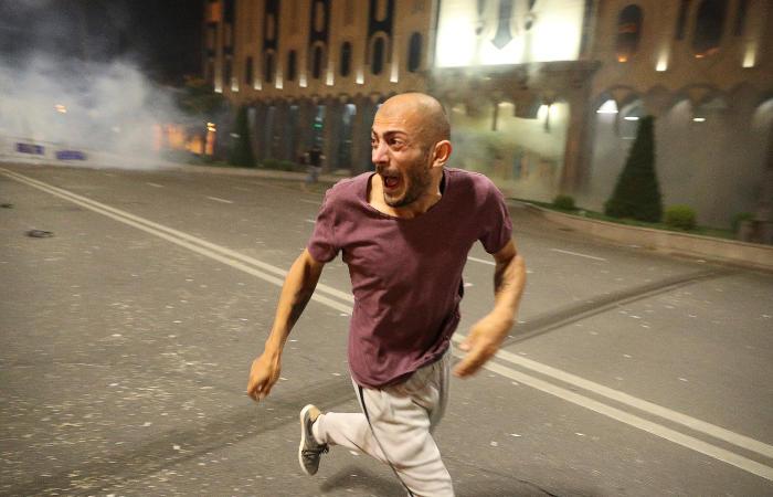 Беспорядки в Тбилиси. Главное