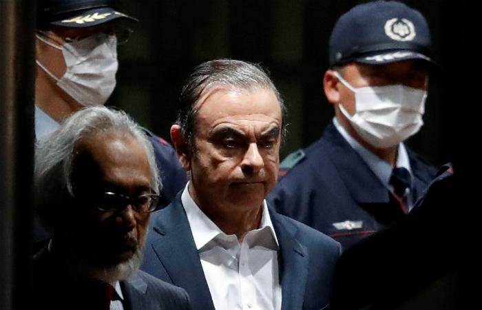 Карлоса Гона подозревают вприсвоении неменее $3 млн изсредств Рэно