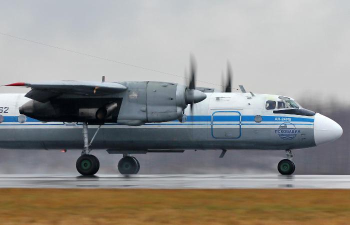 Источник назвал причину жесткой посадки Ан-24 в Бурятии