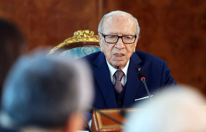 Президент Туниса Беджи Каид Эс-Себси в клинике  вкритическом состоянии