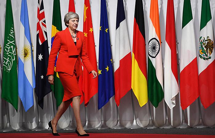На G20 стартовала встреча Владимира Путина и Терезы Мэй
