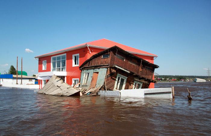 МЧС сообщило о 14 погибших и 13 пропавших без вести из-за наводнения в Иркутской области