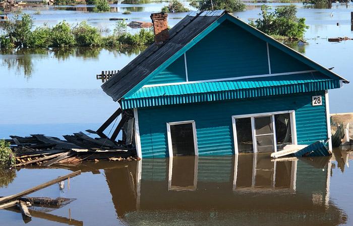 Число жертв наводнения в Иркутской области достигло 20 человек