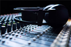 Счетная палата сообщила о взимании с россиян платы за бесплатное радио