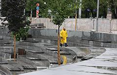 """""""Яму"""" на Хохловской площади в Москве пообещали не закрывать"""