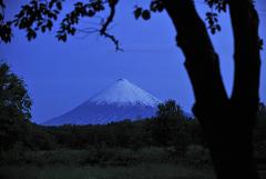 На Камчатке началось извержение высочайшего из действующих вулканов Евразии