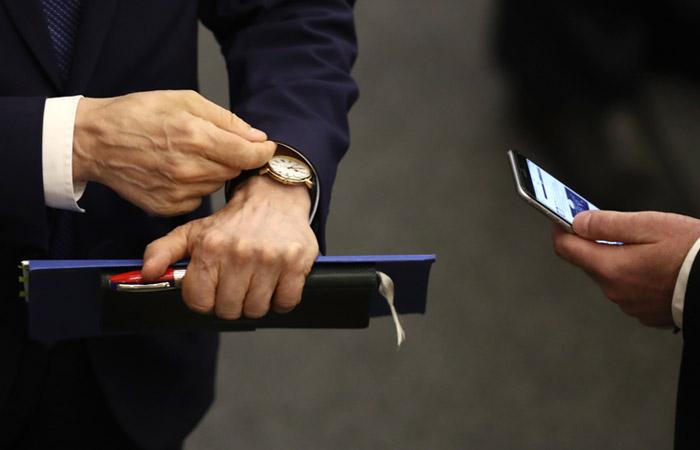 Forbes опубликовал список богатейших госслужащих и депутатов России