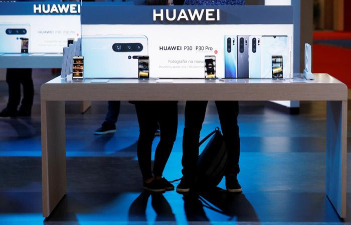 Белый дом смягчил для американских компаний запрет на сотрудничество с Huawei