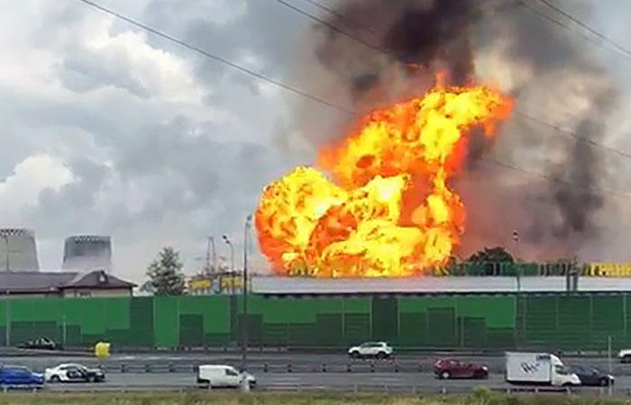 В Мытищах загорелся прилегающий к ТЭЦ участок газопровода