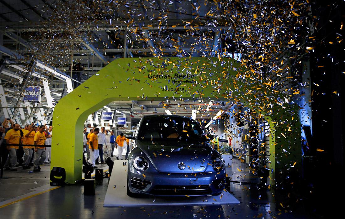 """Последний Volkswagen """"Жук"""" сошел с конвейера"""