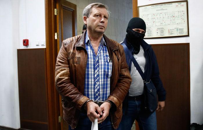 Прокурор попросил суд отправить раскаявшегося замглавы ПФР под домашний арест