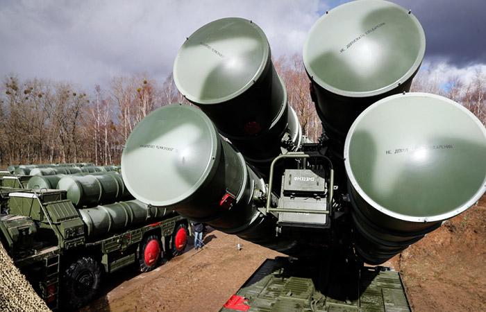 Турция получила первую партию С-400 из России