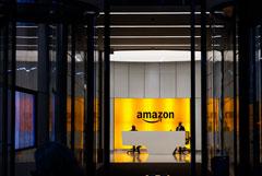 Безос за пять дней продал акции Amazon почти на $3 млрд