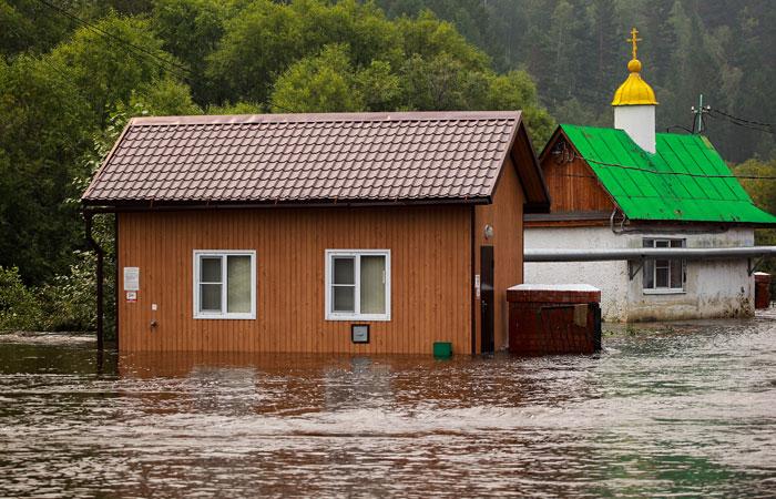 Путин допустил что Иркутскую область могут не успеть восстановить до холодов