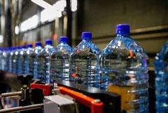 Подделкой оказалось более четверти питьевой воды на российском рынке