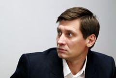 К Дмитрию Гудкову пришли с обысками