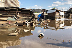Уровень реки в Тулуне перешел критическую отметку