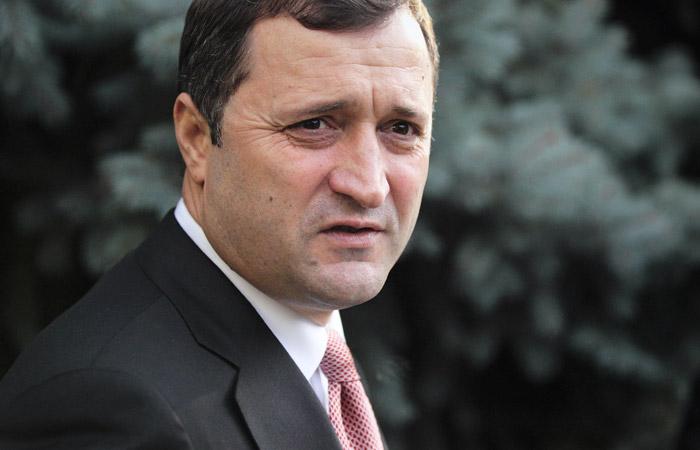 Бывшему премьер-министру Молдавии сократили тюремный срок