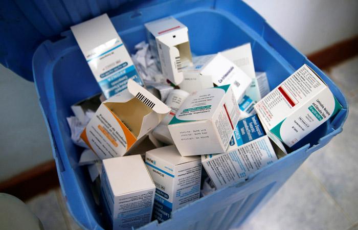 Ситуация с закупками главного лекарства для пациентов с ВИЧ приблизилась к критической