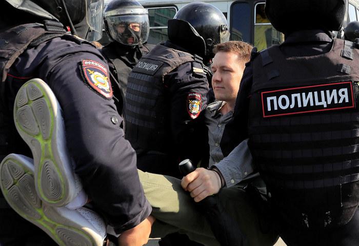 Пять человек попали в больницы в ходе оппозиционной акции в Москве