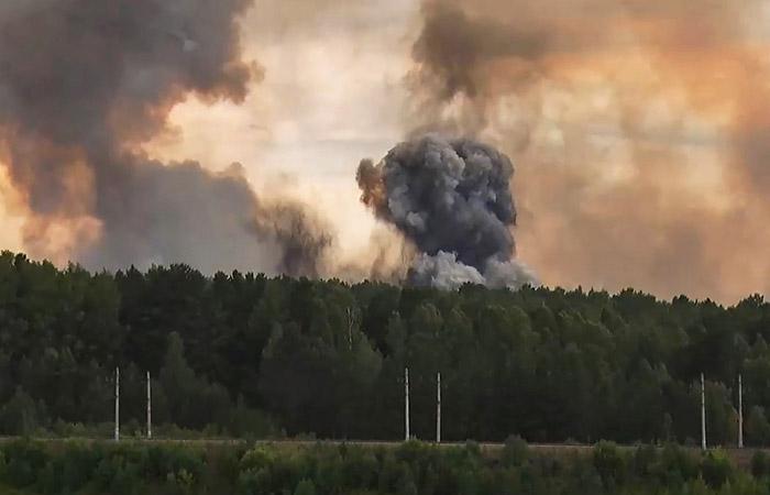 В Минобороны назвали человеческий фактор причиной взрывов под Ачинском