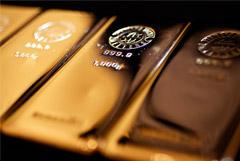 Цена золота превысила $1500 за унцию впервые за шесть лет