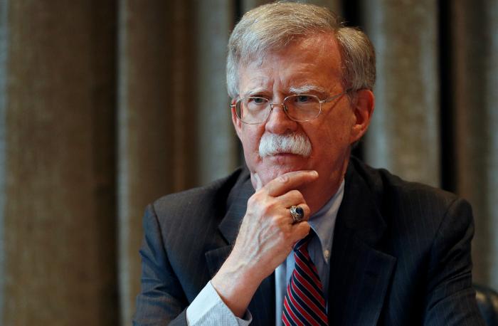 Болтон обвинил РФ в краже технологий США по разработке гиперзвукового оружия
