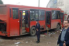 Власти Перми сообщили, что автобус врезался в здание из-за неисправности