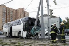 Попавший в ДТП в Москве автобус с туристами оказался частным