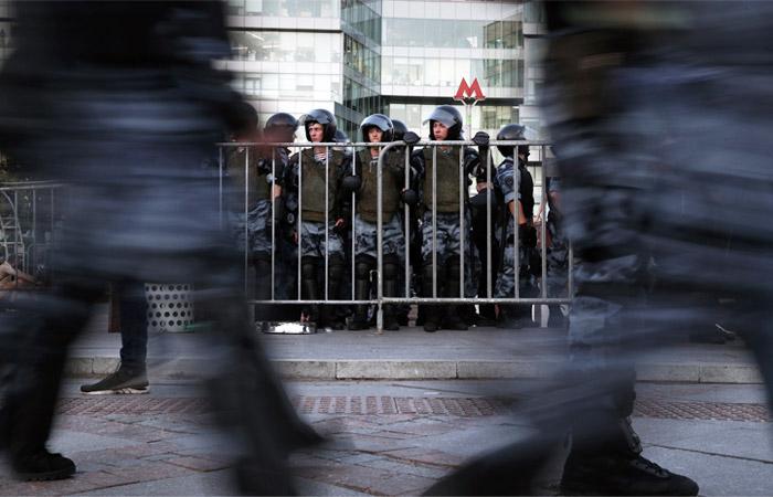 Суд отказался лишить семью москвичей родительских прав за участие в акции 3 августа