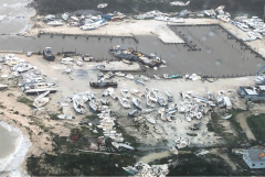 """Число жертв урагана """"Дориан"""" на Багамах достигло 20 человек"""