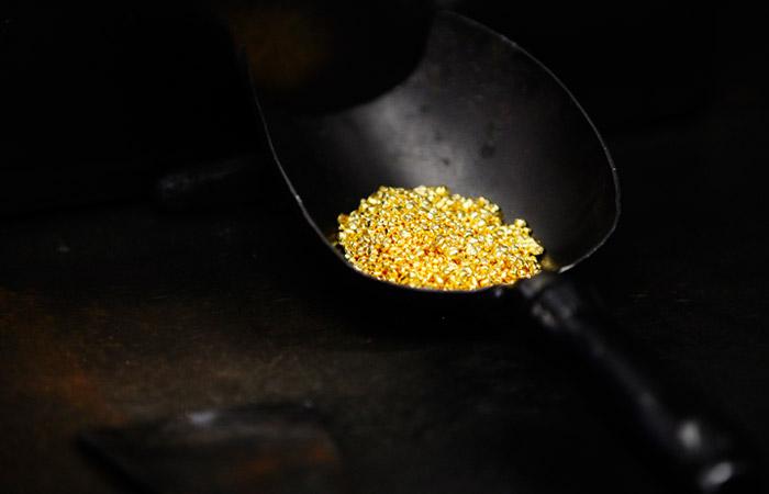 """Проблему """"вольного приноса"""" золота вынесли на уровень Путина"""
