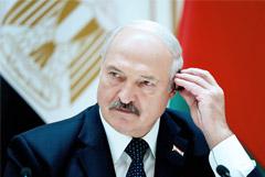 """Лукашенко потребовал, чтобы Россия """"не гнобила и не наклоняла"""" Белоруссию"""