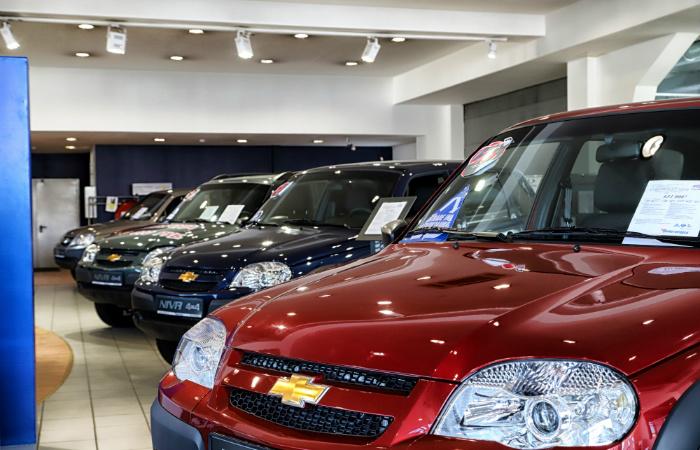 'GM-АвтоВАЗ возобновил производство после недели простоя из-за низкого спроса