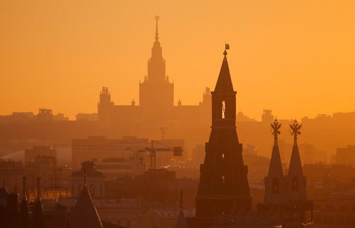 МГУ имени Ломоносова поднялся на 10 мест в международном рейтинге вузов THE