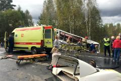 Число жертв аварии с автобусом под Ярославлем выросло до восьми