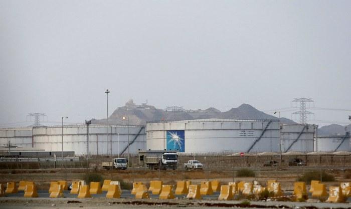 Трамп разрешил открыть резервы США для стабилизации рынка нефти после атак в Саудовской Аравии
